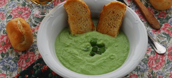 crema di asparagi verdi e patate