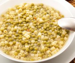 minestra di pasta e piselli