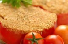 Peperoni ripieni di verdure e formaggio