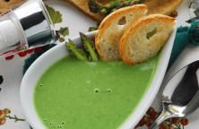Vellutata di asparagi verdi