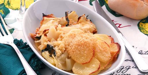Verze e patate al forno con formaggio stravecchio e grana