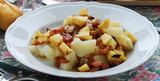Padellata di patate e mele