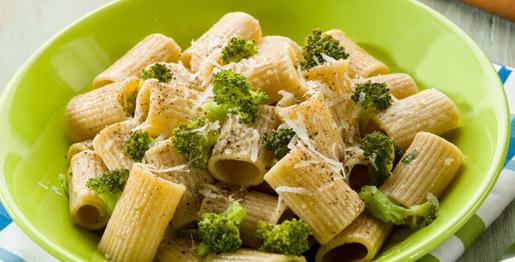Pasta con broccoli e parmigiano