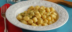 Gnocchetti formaggio e erba cipollina